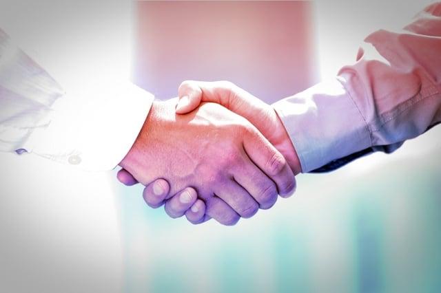 20150422204402-handshake-business-partnership.jpeg