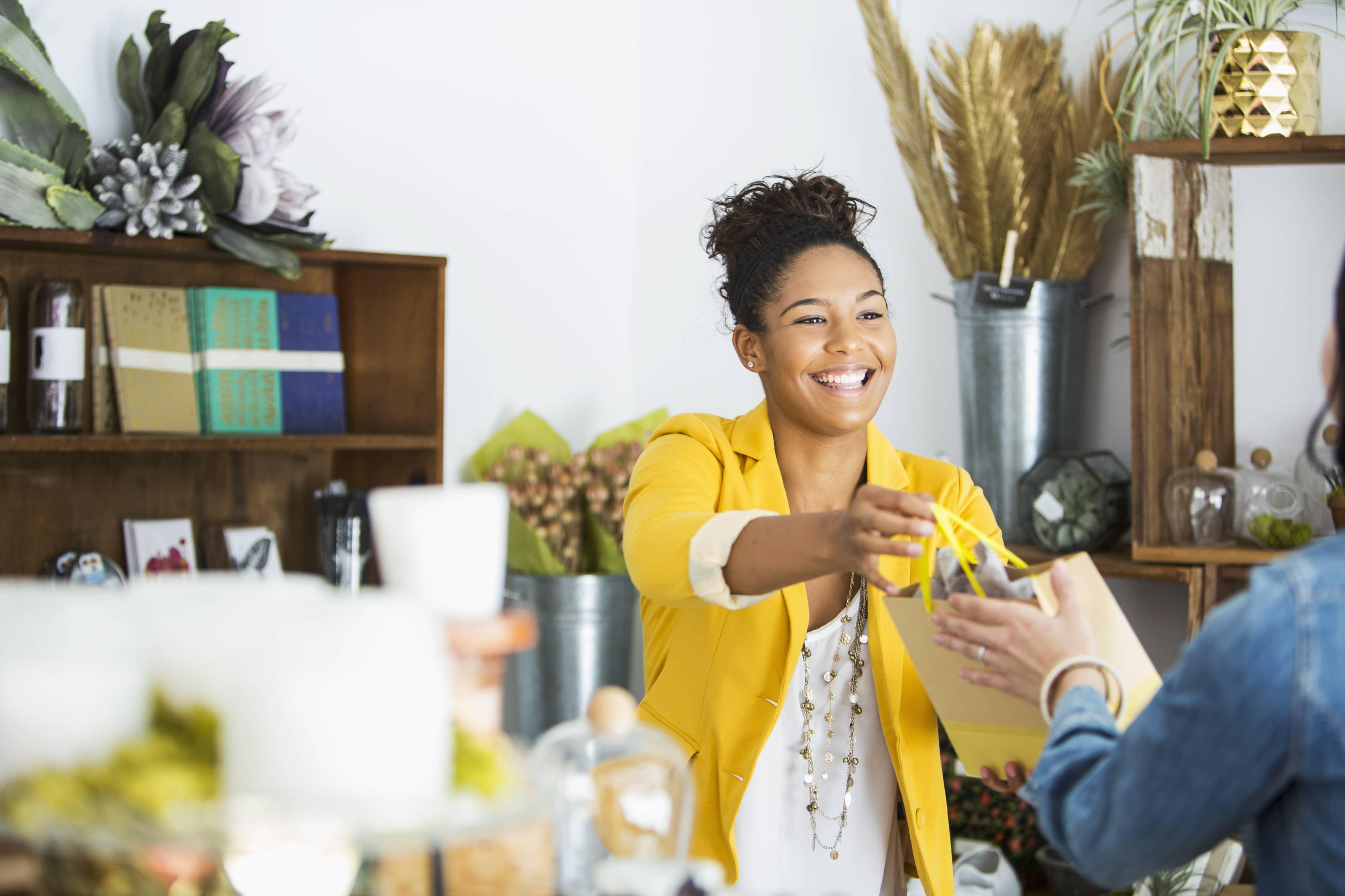 interior design sales rep salary associate